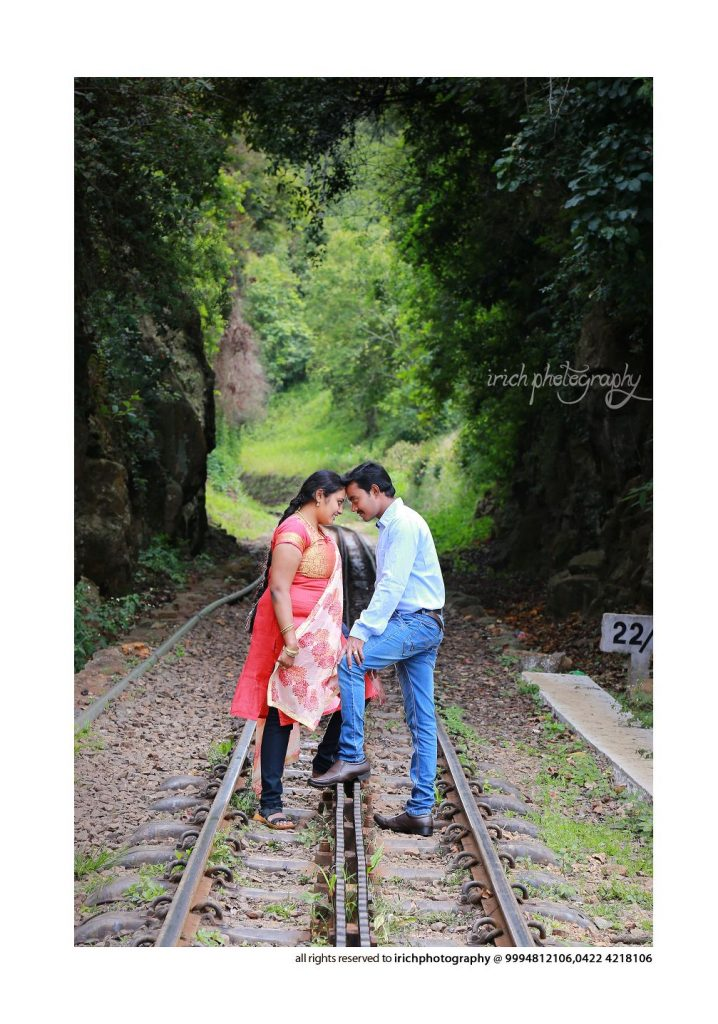 Couples  In Rail Track